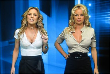 Jillian Barberie and Pam Anderson on Foxs NFL Pregame show!