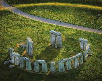 stonehenge-smiley.jpg